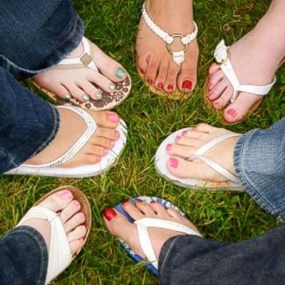 Soin des pieds adolescent |Clinique Esthétique Laroche